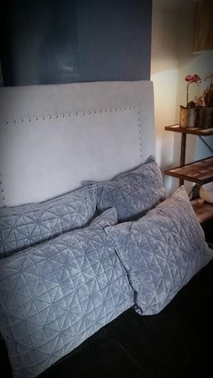 Sengegavl. 90cm lys gråblå