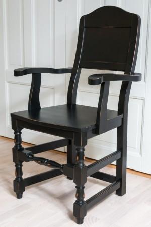 Toten-stol med armlener SORT ALDRING