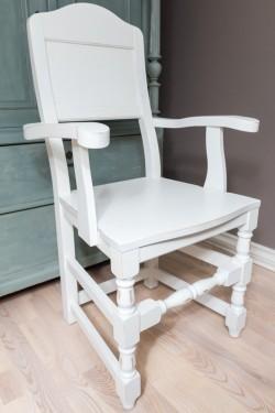 Toten-stol med armlener HVIT